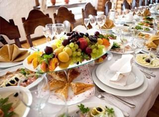 Bogaty stolik